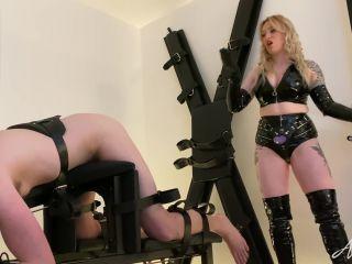 Mistress Anna Elite – Ass To Mouth – Femdom strapon
