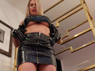 Tiffany James – My wrist watch will control you JOI