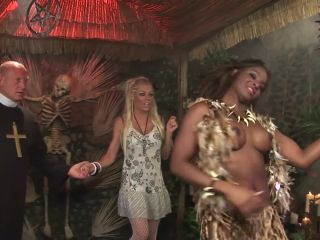 Fucked by the skeleton man