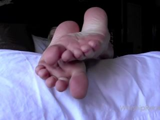 Princess Rene – Cum for my Soles Again and Again