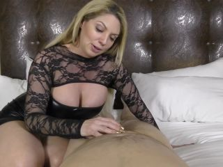 The Venus Girls – Kiki Daire – Growing Old Together Is Overrated (1080p) – Femdom cuckold