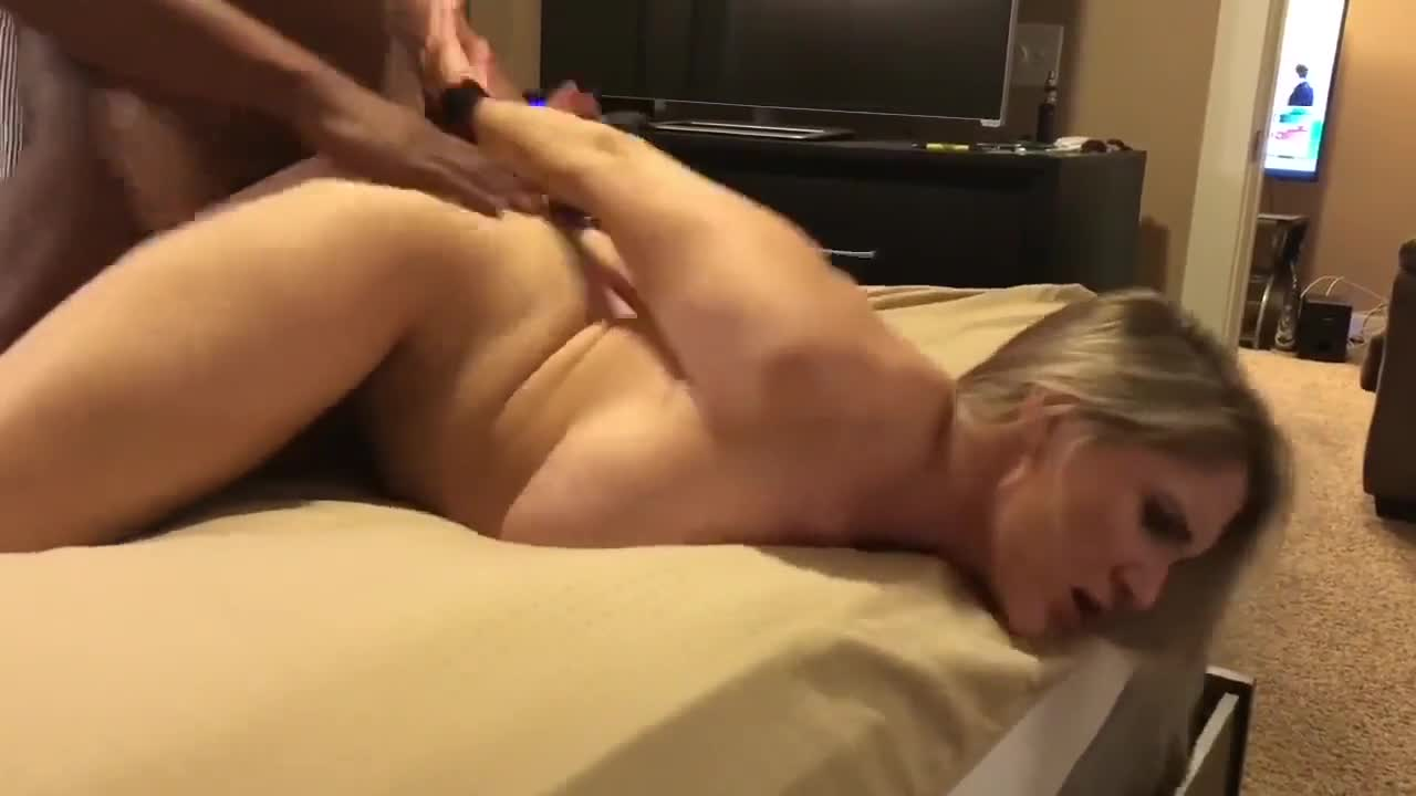 White Wife Creaming Bbc