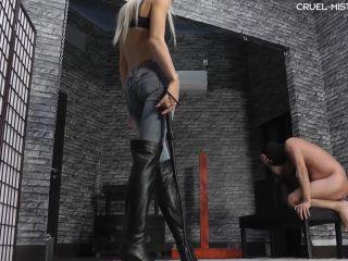 Porn online Cruel-Mistresses - Mistress Ariel - Screaming Slave (1080 HD) femdom