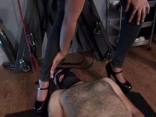 Porn online Kinky Mistresses – Jeans Fetish femdom