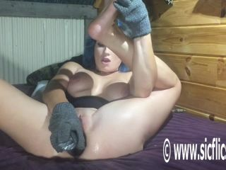 Anal fisting fetish porn, two hands in one hole