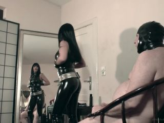 Absolute Femdom – Hard Face Slapping And Spitting