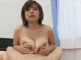 Big tits japanese blowjob