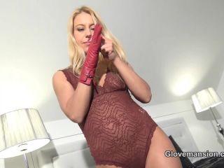 Porn online Glove Mansion – Nikki's red leather glove orgasm. Starring Lady Nikki femdom
