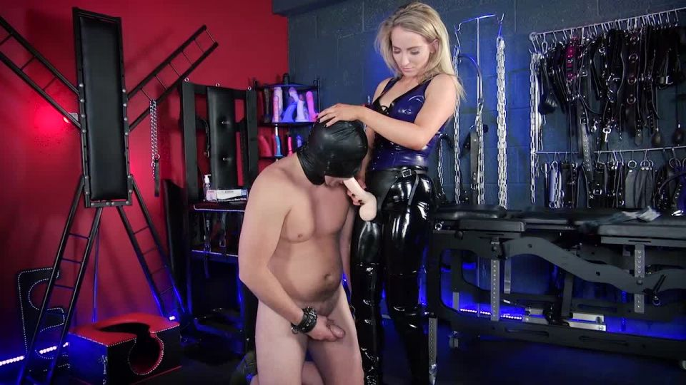 Trans Dominatrix Fucked By Her Boy Toy Camvideos 1