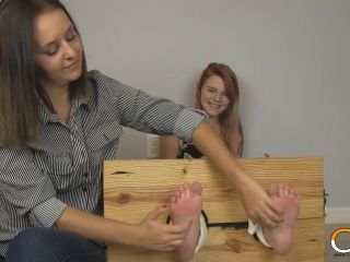 - Nora Ivy Locked Stocked Foot Tickled (, 317.16 Mb, Wmv)