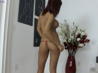 Shavelle Love - Erotic Teasing and Lapdance