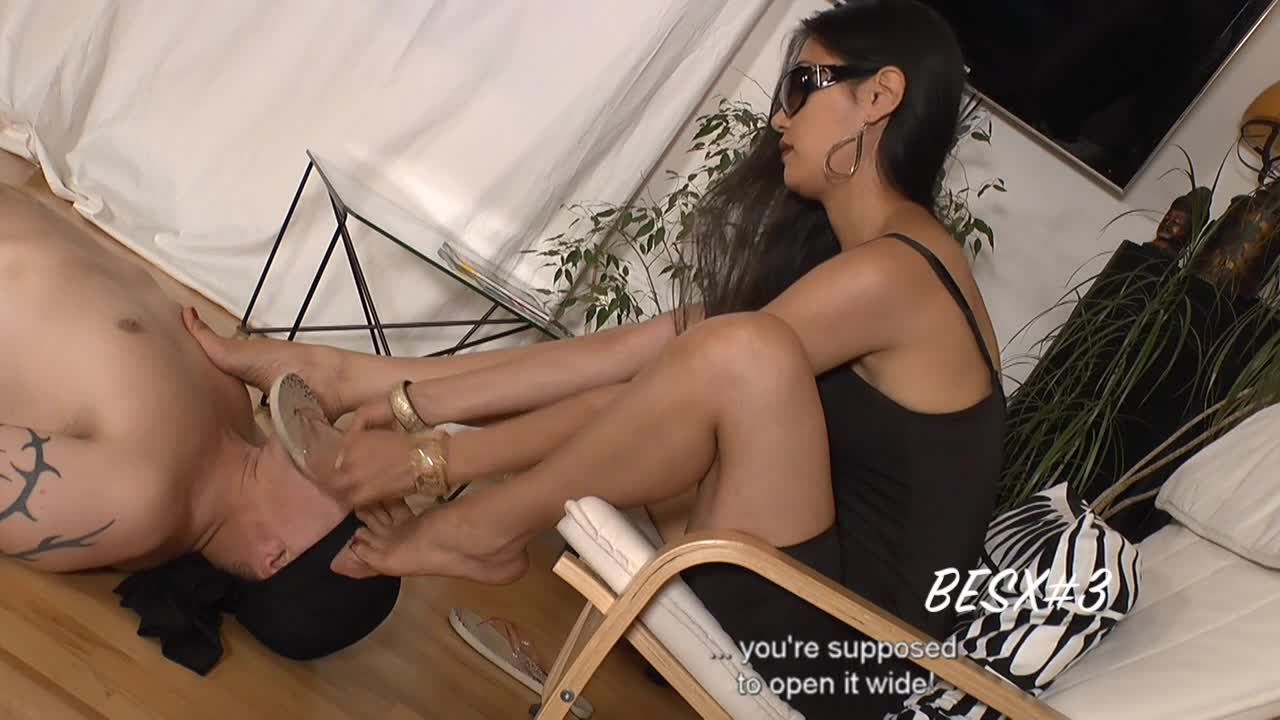 lick-my-feet-net-padmini-sex-movie-tube