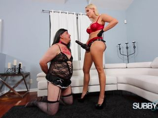 Becoming Vanessa's Servant Part 6 Strap On