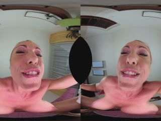 524 Anne Wild X - Anne Wants to Sit on Your Face Virtual Reality, VR ...