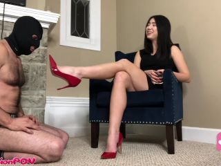 Femdom – Humiliation POV – Shoe Pig Licks The Heels That He Paid For – Princess Miki