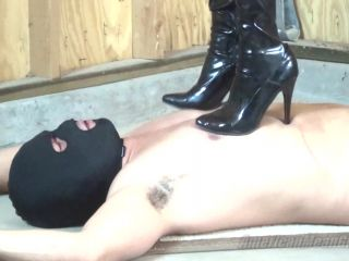 Young Mistress – The Mean Girls – Trample Camp – Princess Beverly