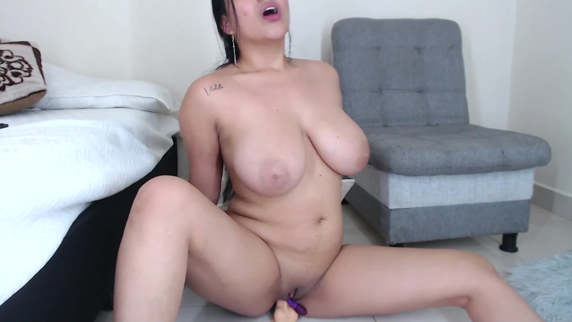 Dildo Ride Bouncing Tits