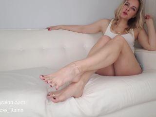 Toes fetish – Goddess Rainn – Toe Ring Obsession