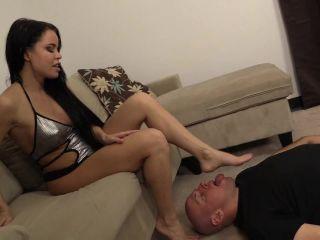 He worships the white ankle socks and bare feet of Nikki Delano.