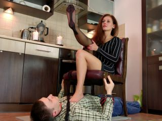 Stockings legs – Polish Mistress – Paulina – Stockings Show
