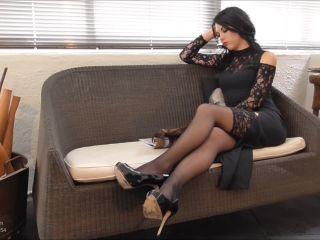 Young Goddess Kim – Rent-a-slave