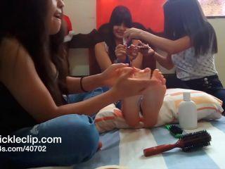 Porn online Tickle feet – TickleScene – Brazilian Tickle Party