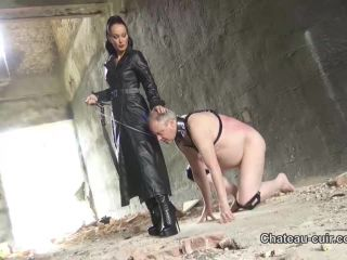 femdom - Chateau-Cuir – Outdoor leather Mistress worship. Starring Fetish Liza