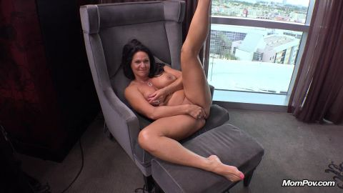 Curvy cougar GILF swinger does first porn