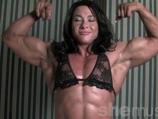Alina Popa - Whole Lotta Muscle - 960