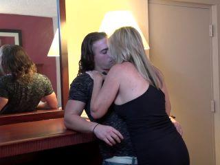 Jodi West - Bad Mama Jodi Fucks Her Daughter's Boyfriend HD