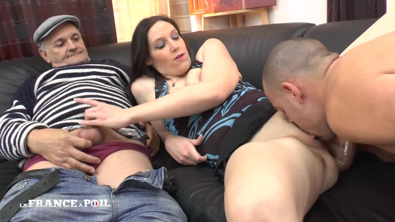 Euro Babe Anal Threesome