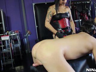 Ass Fucking – Nina – Nina Hartley Shares Her Toys