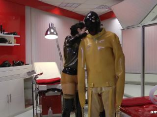 RubberEmpire – Madame Gillette und Lady Ashley – Extremly Tubed and Milked