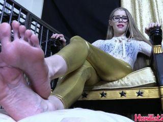 humiliation pov  goddess kyaa  worshiping my toes gives your life purpose  humiliation pov