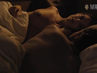 Riley Keough in The Girlfriend Experience 2016