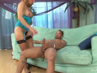 Milf With Hairy Pussy Gets Cream-Pied By Neighbor's Bbc