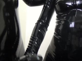 009293Latex_Rubber_Leather