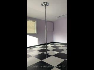 amygingerhart 03-11-2020-1191840365-Joy I moved into my new dance studio today. I feel