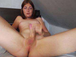 arianalarssen 25-06-2020 Masturbating with legs spread