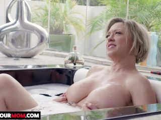 Watch Your Mom - Dee Williams gets fucked by young cock
