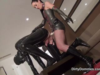 [Femdom 2018] Dirty Dommes  Gasmask strap-on fuck part 2. Starring Fetish Liza [Strapon, Anal Fucking, Anus Fucking, Ass Fucking, Dildo Fucking]