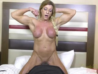 Muscular Lacey Loves To Get Her Pussy Eaten