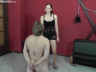 cruel mistresses  anette  dizziness  humiliation