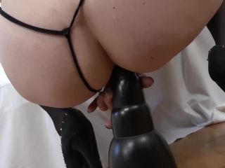 Interracial fuck for granny that wants anal sex and sy fingering