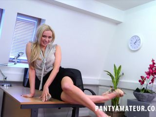 Porn online PantyAmateur - Amber Jayne femdom