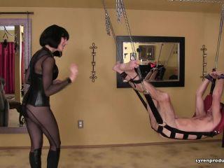 Mistress Aleana's Queendom – Bastinado Beating For Bart's Feet