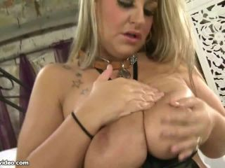 Busty British BBW Dani Amour -