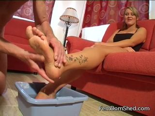 Princess Amber Clean all the cheese and filth off my feet and then swa ...