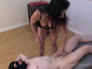 Clubstiletto – Miss Jasmine – Jasmine's Ass Crushed And Beaten Bitch