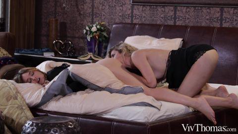 Ophelia Dust, Shona River - Show Me You Love Me (1080p)